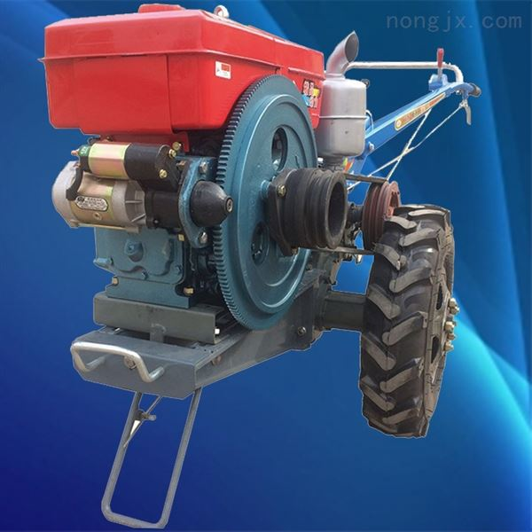 手扶拖拉机配置多种农具